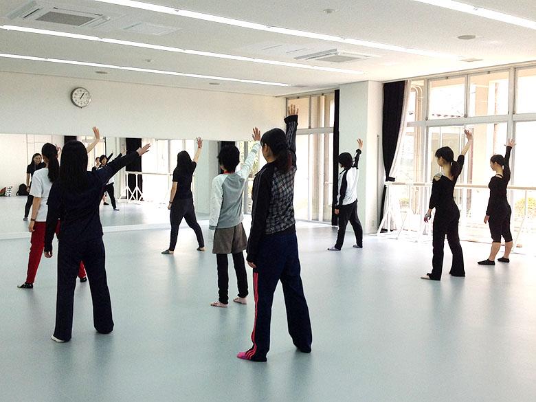 エレガンス科目 「ダンスワークショップ」