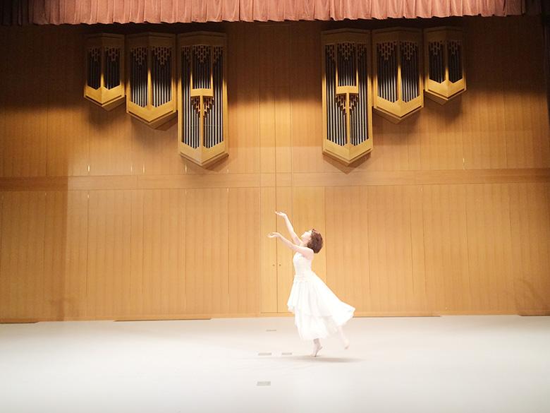 オープニング 「バレエ演技 」