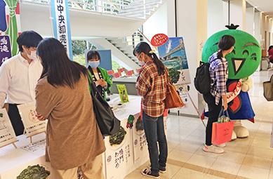梅花女子大学×JF徳島漁連×徳島県×大阪府中央卸売市場「食育ミニクイズ」